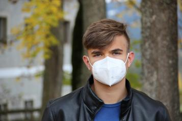 Photo of teenager wearing face mask from Pixabay